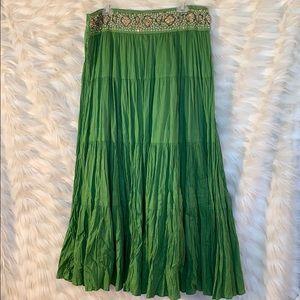 Bcbg maxazria skirt size medium